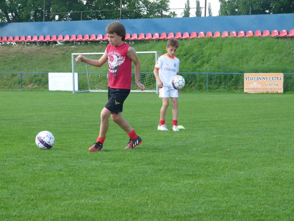 Presná prihrávka patrí k základom futbalu ...